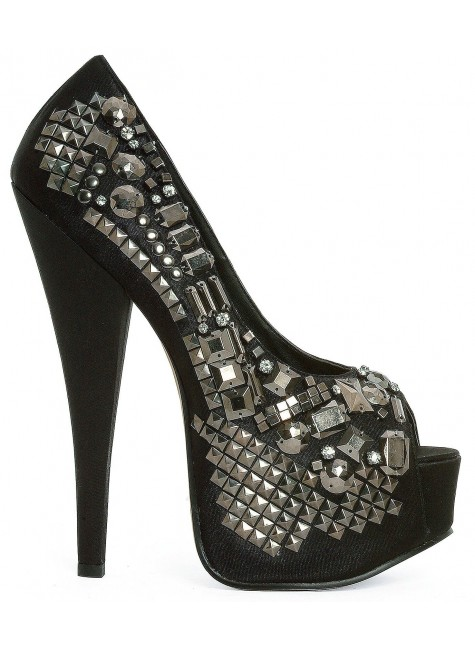 Bailey Rock Star Studded Pumps at Gothic Plus, Gothic Clothing, Jewelry, Goth Shoes & Boots & Home Decor